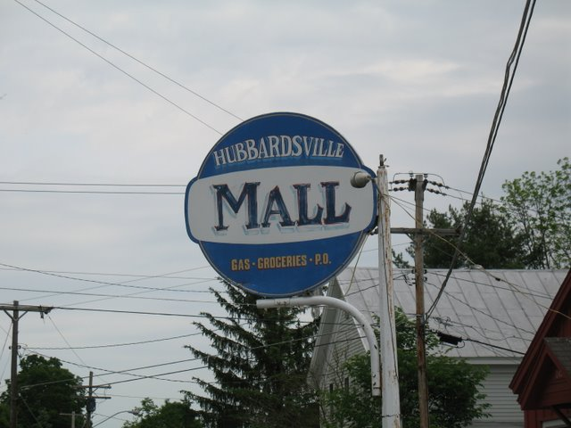 Sign announcing Hubbardsville Mall